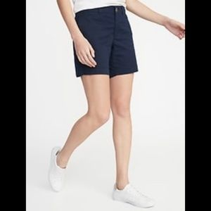 Mid-Rise Twill  Shorts for Women - 7-inch inseam